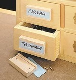 drawers,diy,free woodworking plans,free projects,do it yourself,drawer pulls