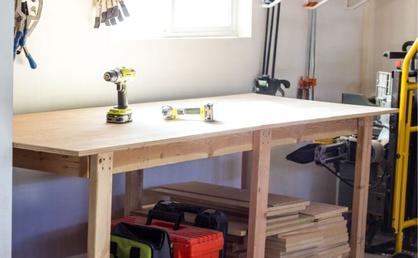 Find out how to build a Easy Workbench.