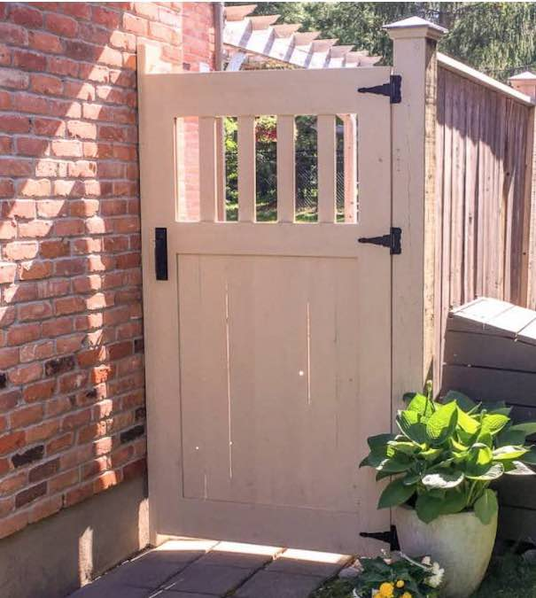 Free plans to build your own Garden Gate.