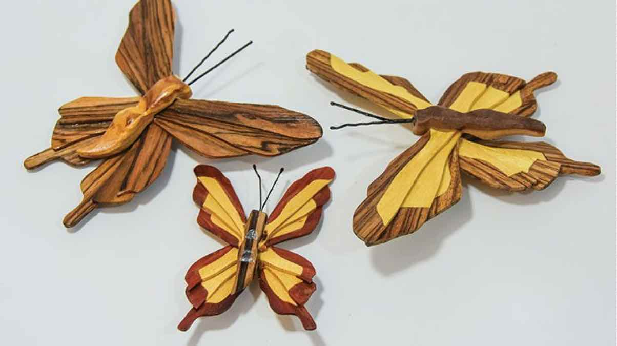 magnets,butterfly magnets,scroll saw,diy,free woodworking plans,free projects,do it yourself