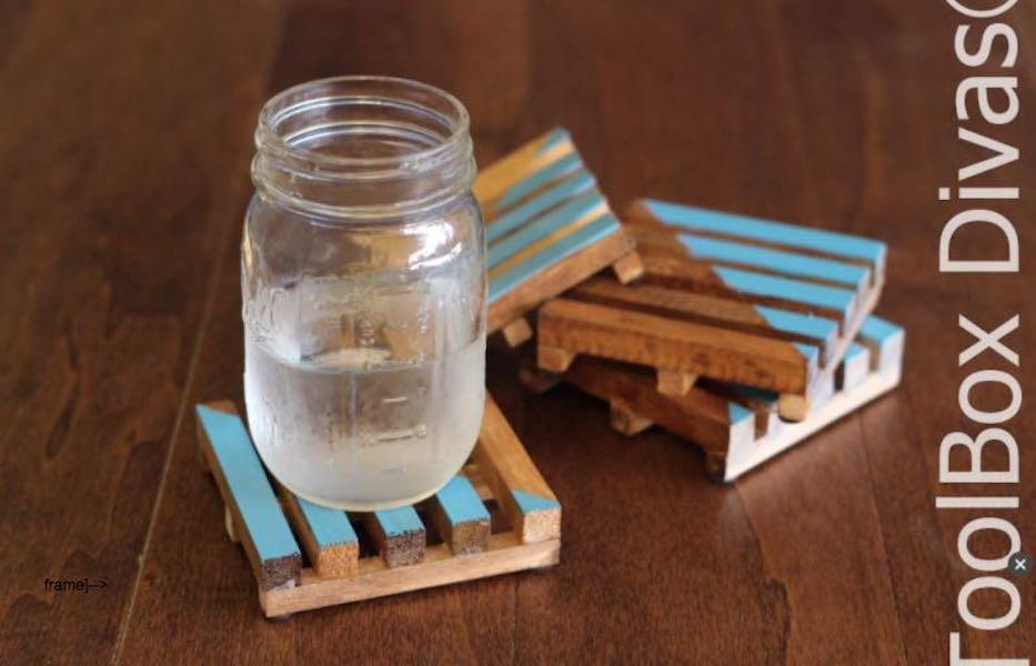 Free plans to build Mini Pallet Coasters.