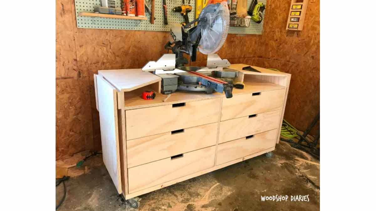 miter saw station,miter saw stand,mobile stand,diy,free woodworking plans,free projects,do it yourself