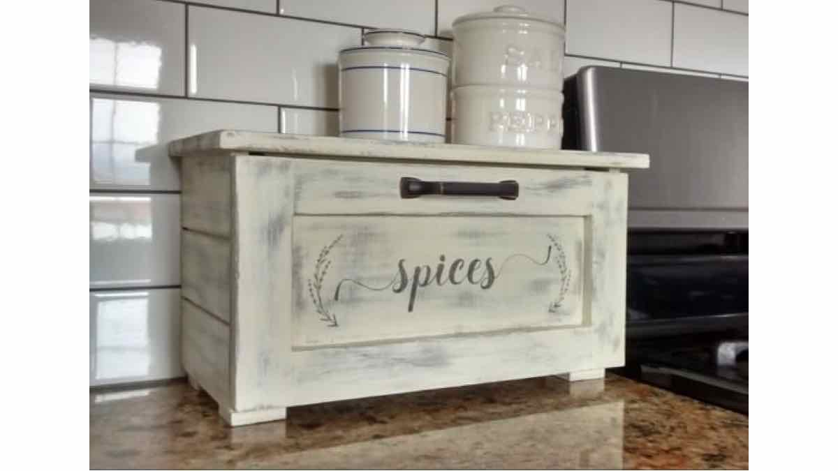 spice racks,spice storage,kitchen spice rack,diy,free woodworking plans,free projects,do it yourself
