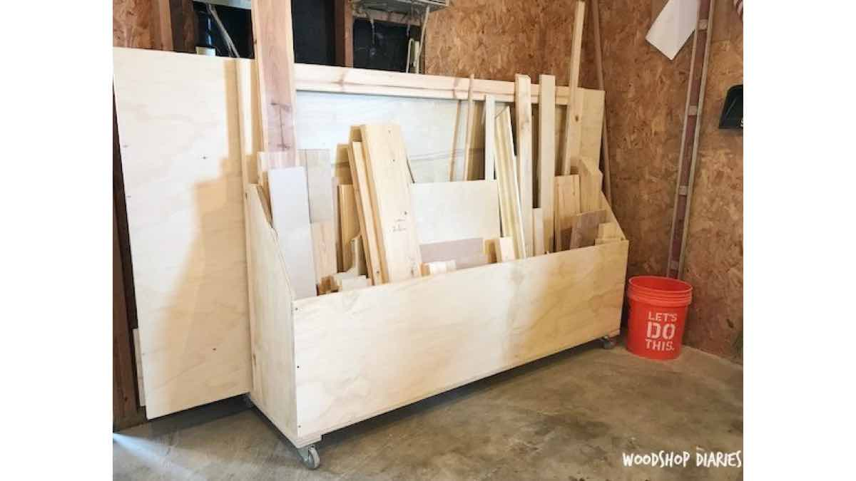 lumber cart,mobile cart,scrap wood cart,workshop lumber cart,diy,free woodworking plans,free projects,do it yourself