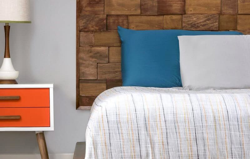 Learn how to build a king size platform bed.