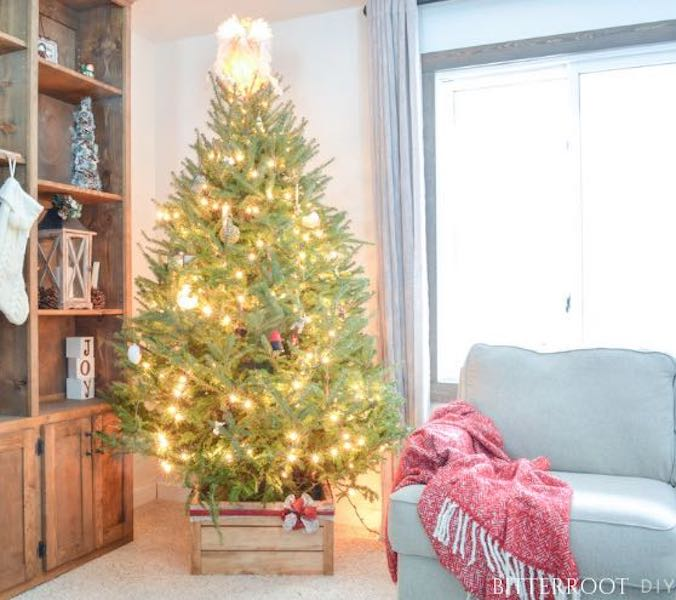christmas tree stands,diy,free woodworking plans,free projects,do it yourself