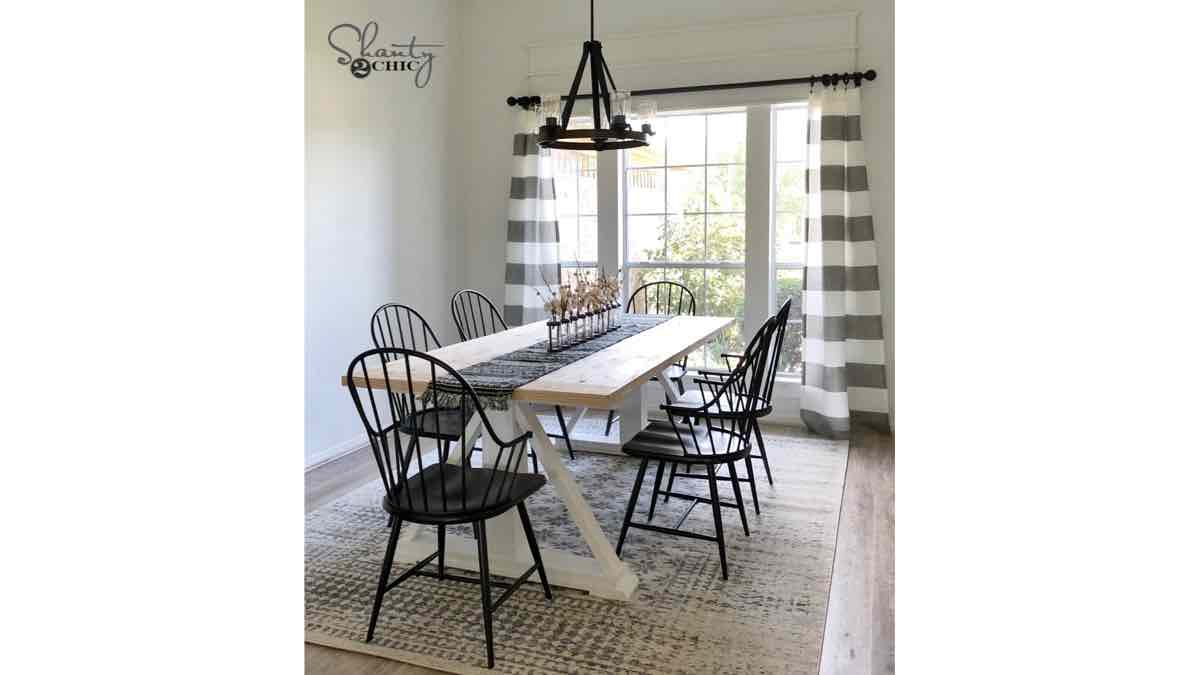 furniture,tables,dining tables,farmhouse tables,diy,free woodworking plans,free projects,do it yourself