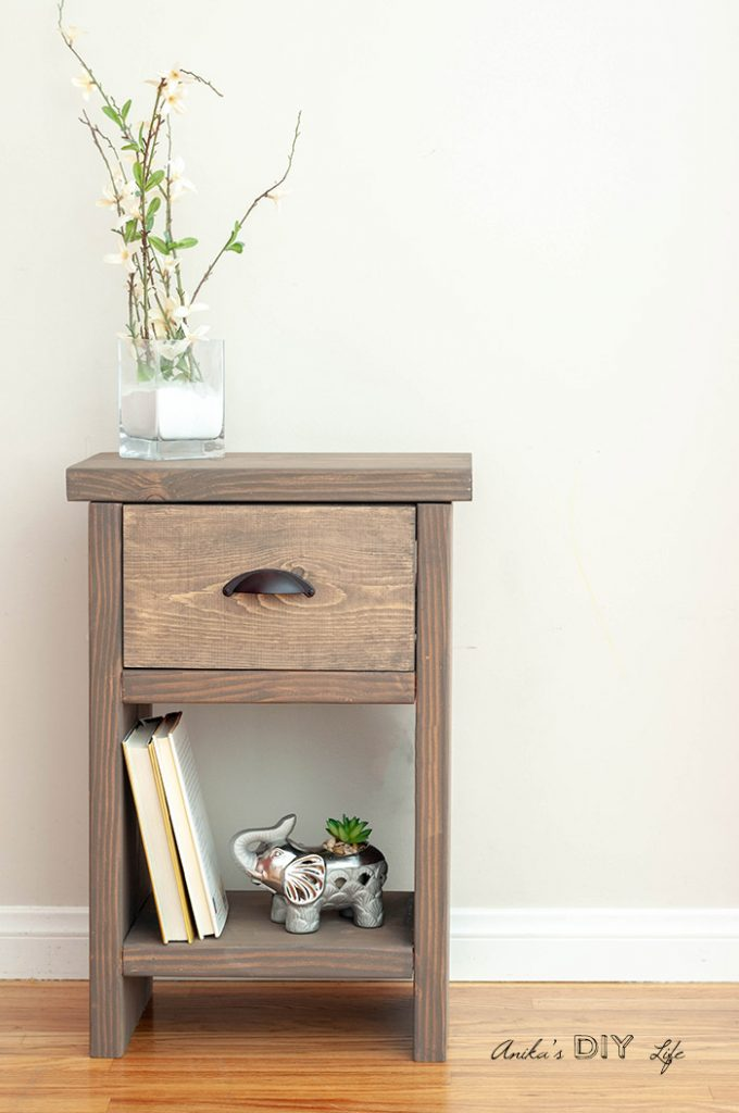 nightstands,bedside tables,furniture,diy,free woodworking plans,free projects,do it yourself