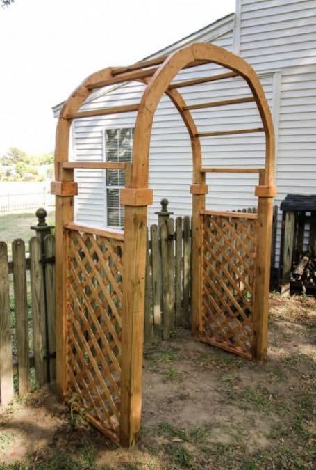 Free plans to build a Garden Arbor Arch.