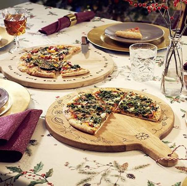 Free plans to build a Pizza Board.