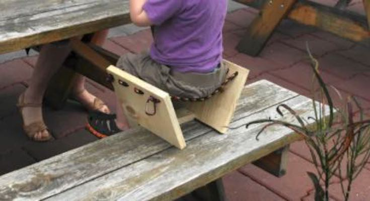 Free plans to build a Picnic Table Booster Seat.