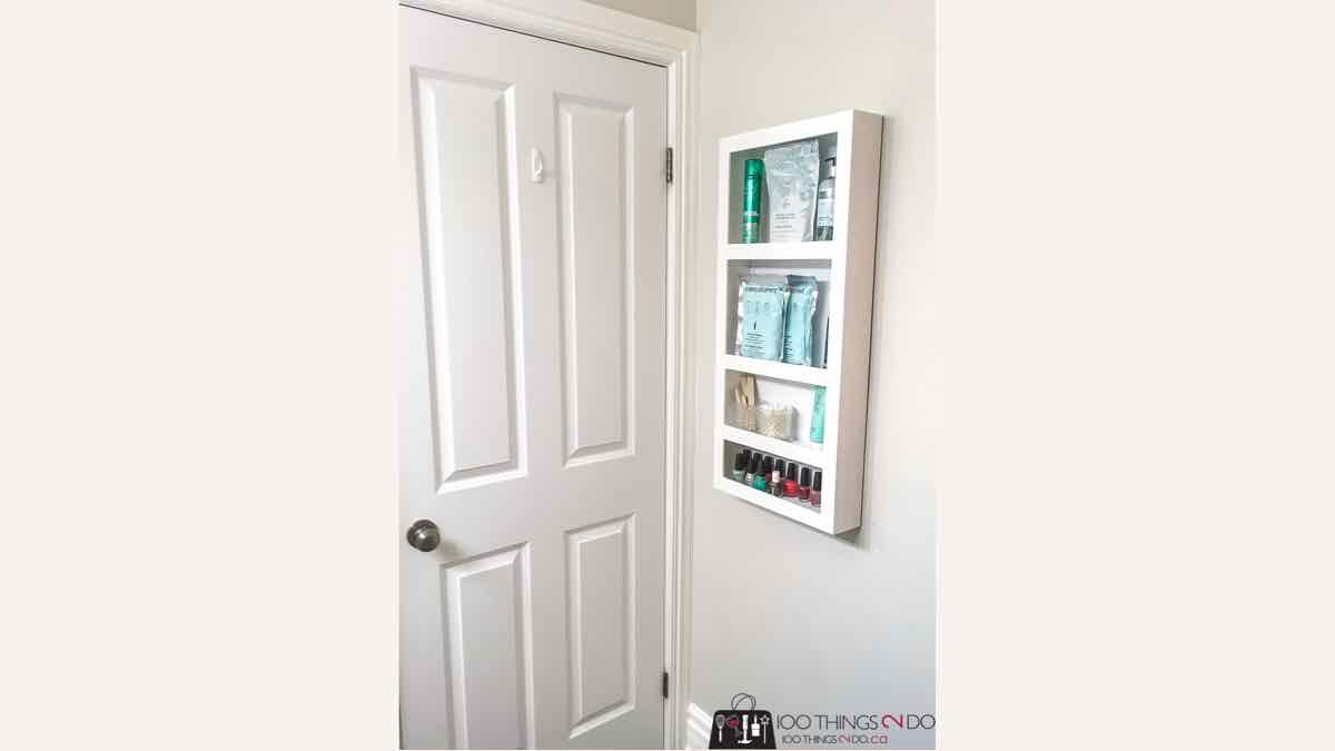 shelf units,behind the door shelves,bathroom shelves,diy,free woodworking plans,free projects,do it yourself