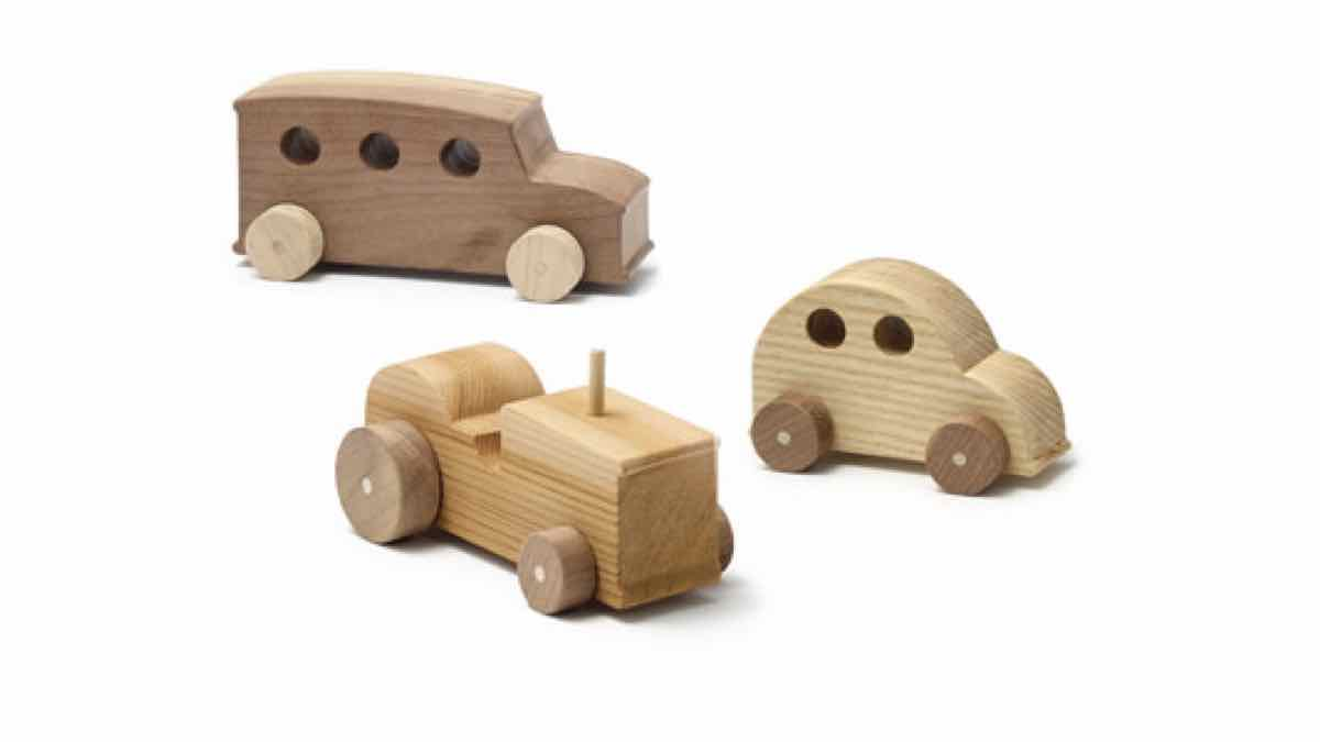 cars,tractors,toys,wooden toy,wheels,trucks,bus,diy,free woodworking plans,free projects,do it yourself