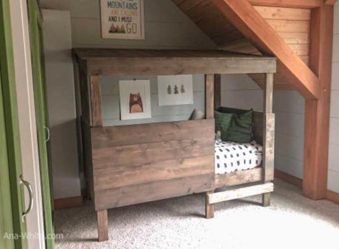 Free plans to build a Treehouse Bed.