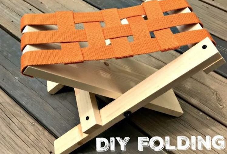 Free plans to build a Kids Folding Stool.