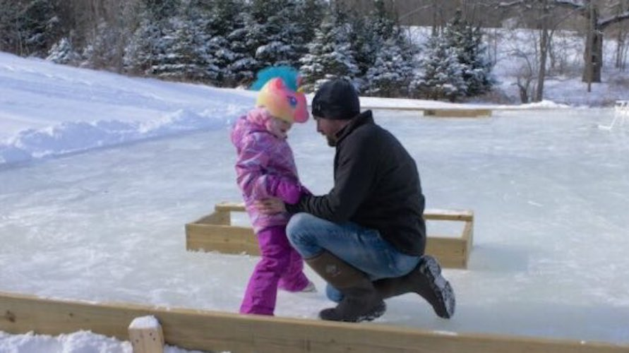 Free plans to build a Ice Rink and Accessories.