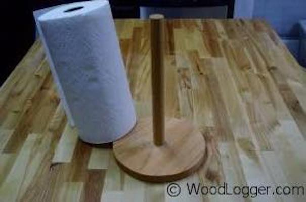 Free plans to build an Easy Paper Towel Holder.