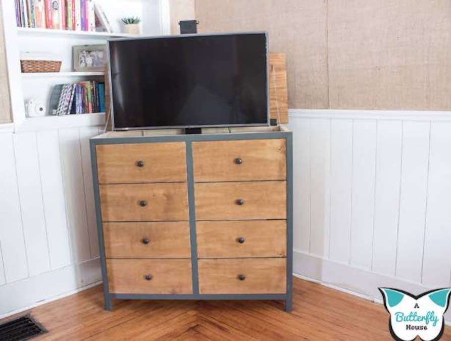 Free plans to build a TV Lift Cabinet.