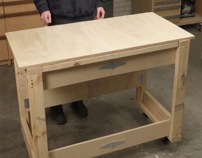 Mobile Fold-Up Workbench