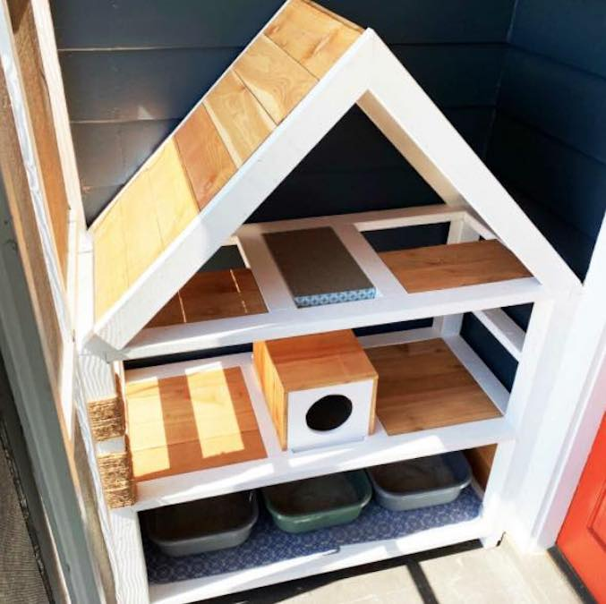 Build the Ultimate Cat Condo using free woodworking plans.