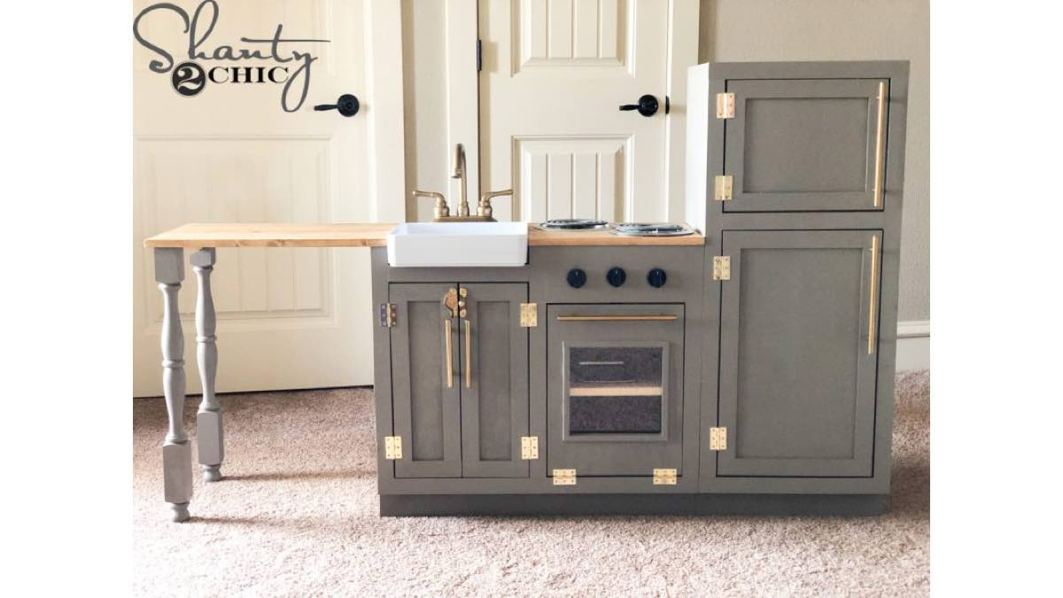 How to build a customer kitchen set for children.