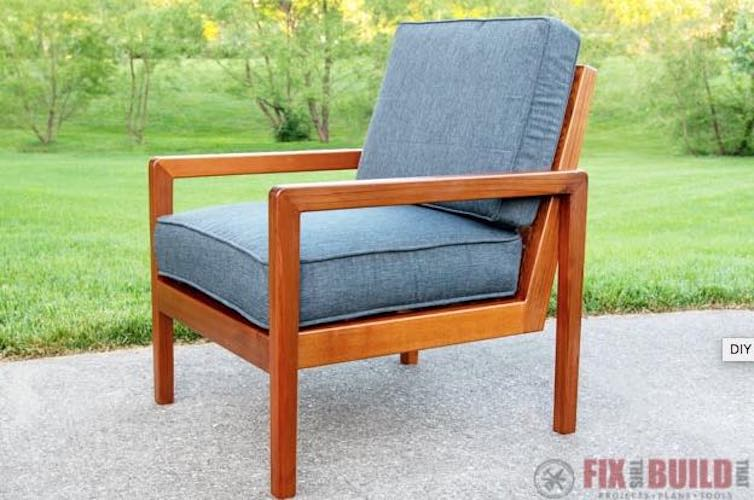 Free plans to build a Modern Outdoor Chair.