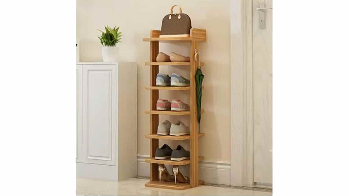 Free woodworking plans to build a tower shoe rack.