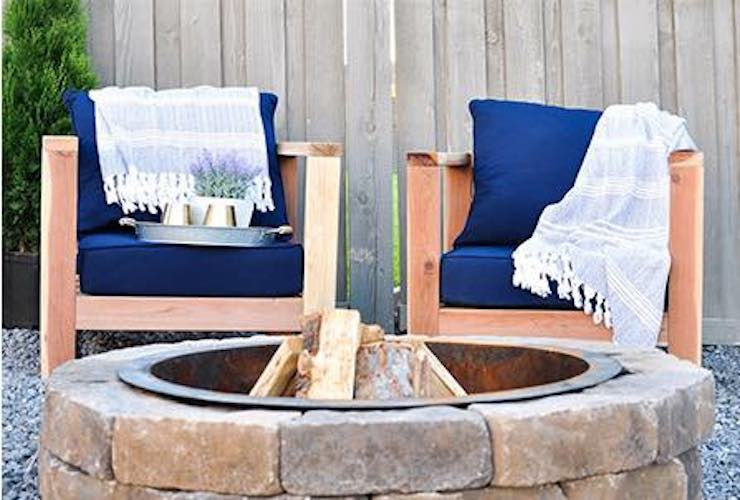 Free plans to build Garden Chairs.