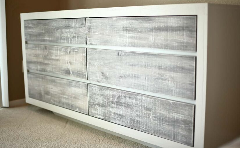 Free woodworking plans to build a 6 drawer dresser.