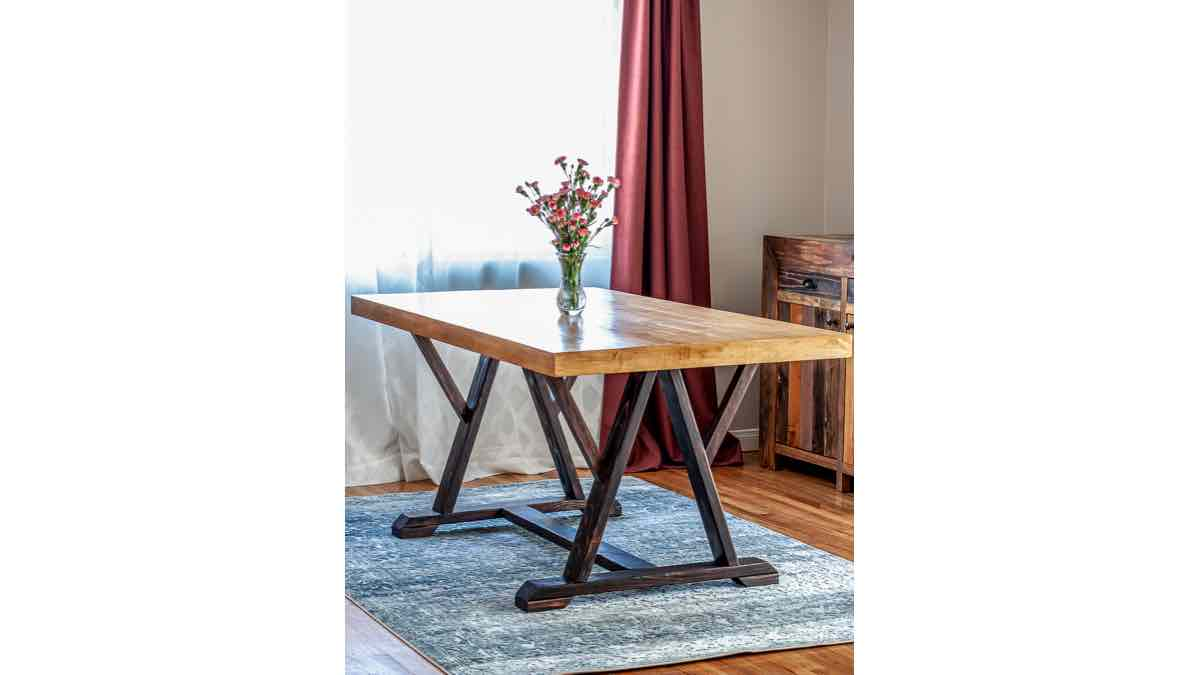 DIY plans to make a Trestle Dining Room Table