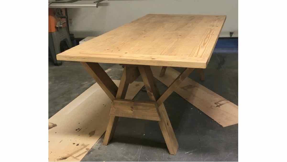 sawhorses, tables, farmhouse tables