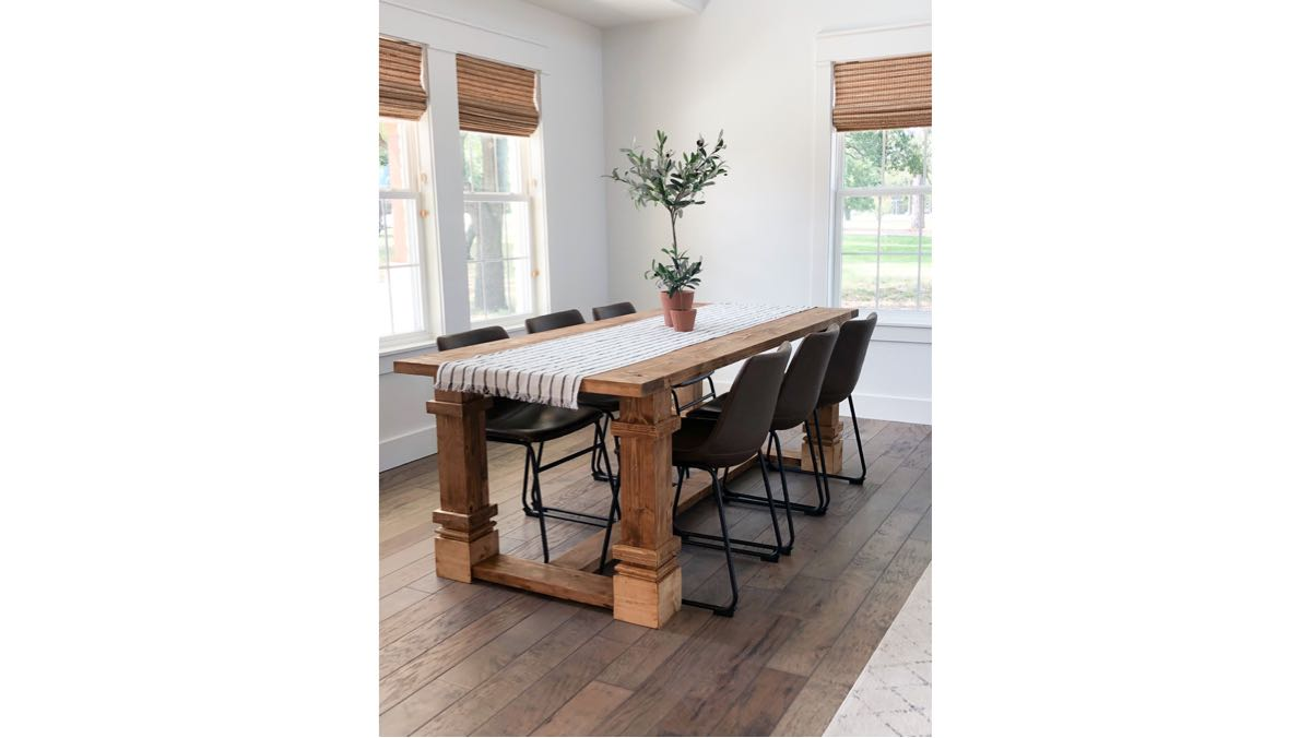 Build a farmhouse dining table.