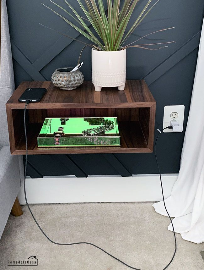 Free woodworking plans to make a floating night stand.