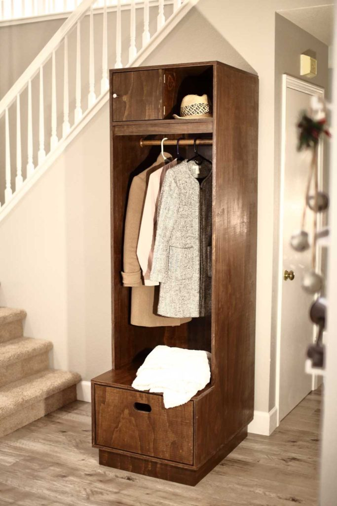 Free plans to build a Mudroom Locker with Storage.