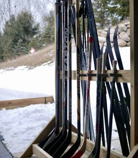 Ski/Hockey Stick Rack