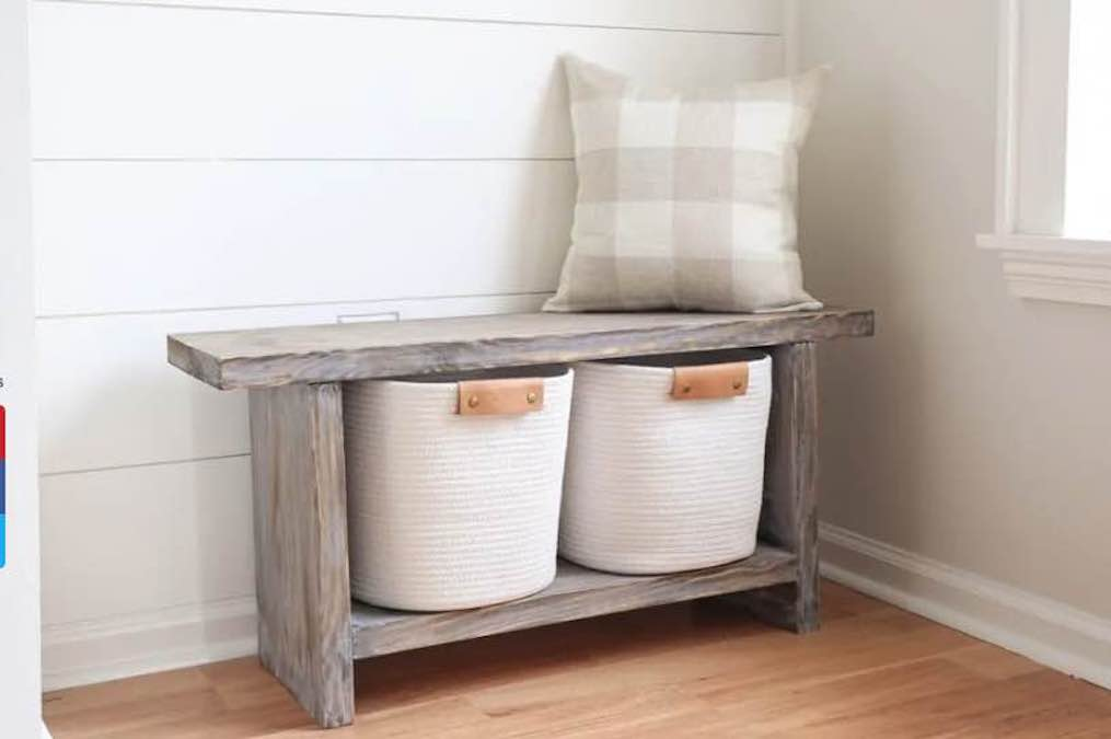 Free plans to build your own Entryway Bench.