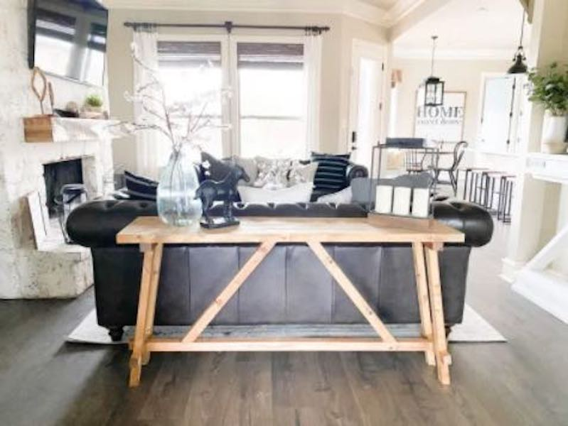 Free plans to build an Angled Console Table.