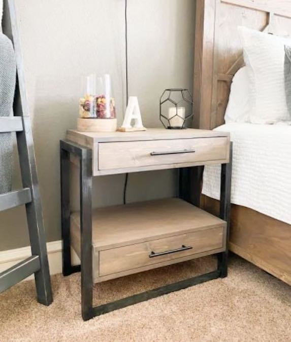 Free plans to build a Nightstand with Drawers.
