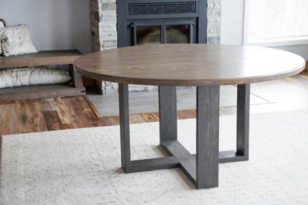 Free plans to build a Dining Table Base.