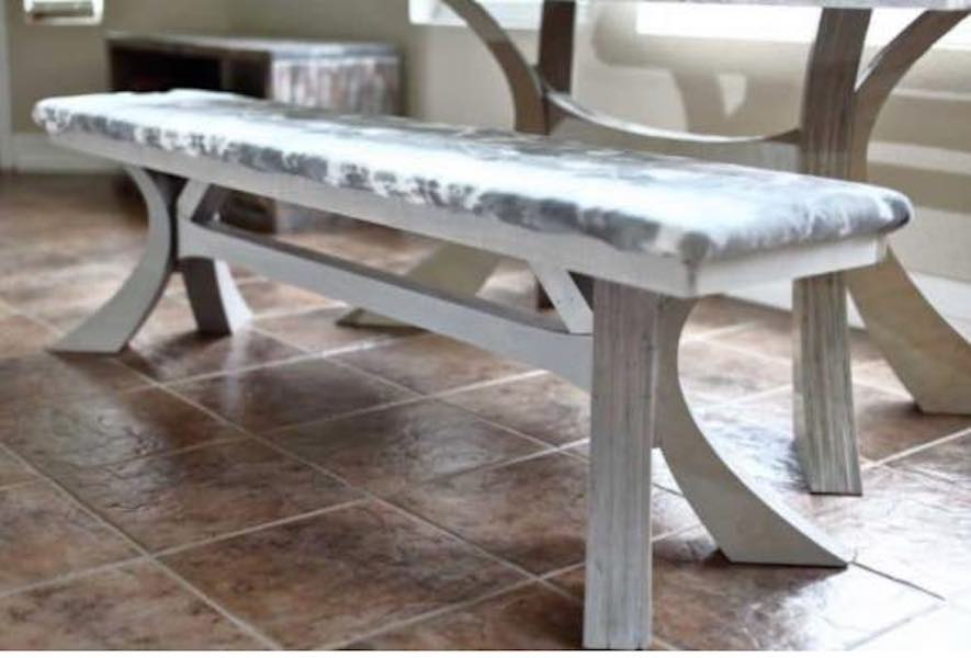 Free plans to build a Dining Table Bench.
