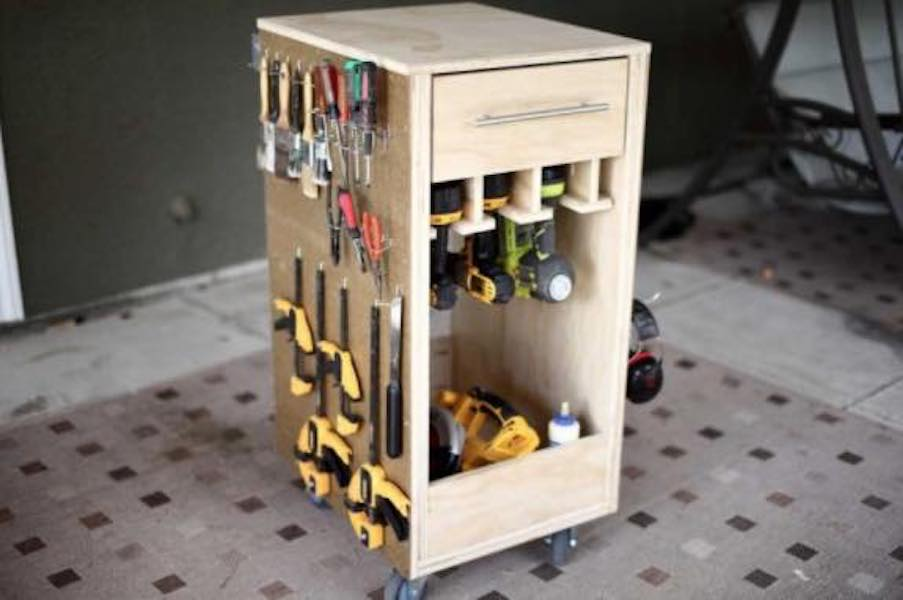 Free plans to build a Mobile Tool Cart with Pegboard.