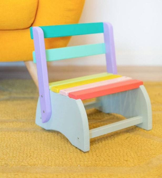 Free plans to build a Kids Step Stool.