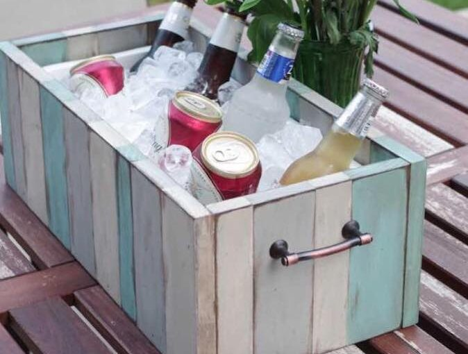 Free plans to build a Patio Table Drink Holder.
