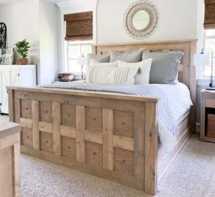 Free plans to build a King Size Panel Bed.