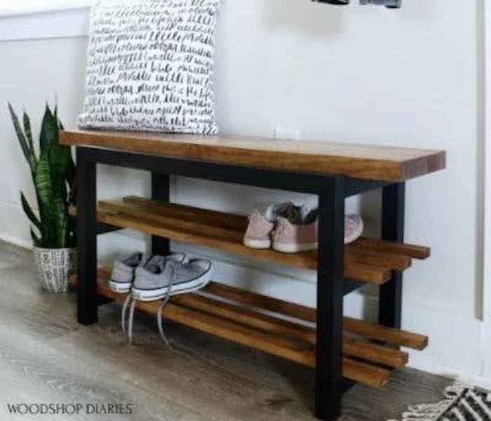 Free plans to build a Shoe Bench.