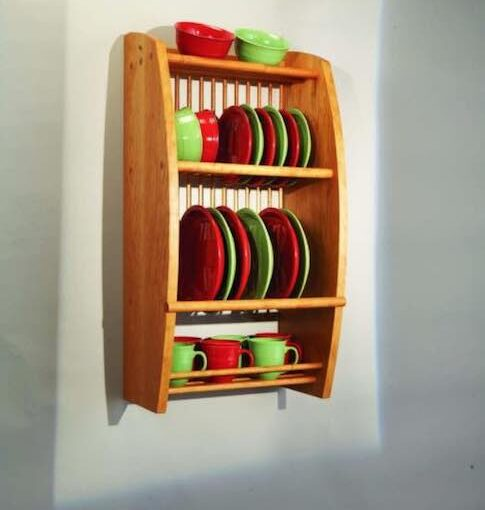 Wall-Mounted Plate Rack