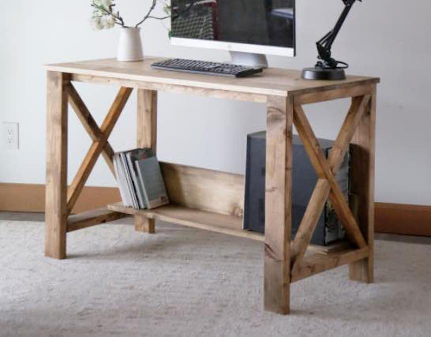 Free plans to build a Farmhouse Style Desk.