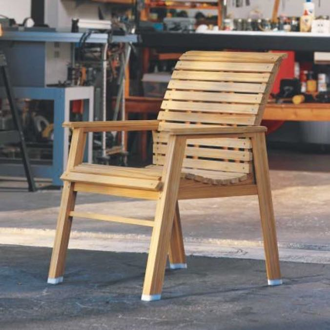 Free plans to build a Patio Chair with Curves.
