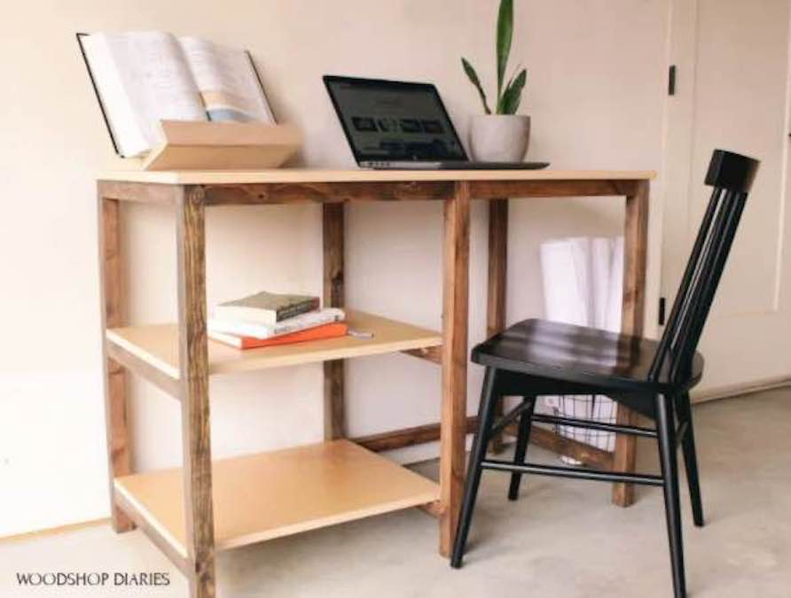 Free plans to build an inexpensive desk.