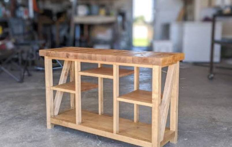 Free plans to build a Console Table With Shelves.